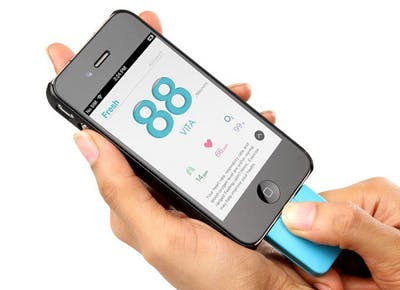 The iPhone gadget that tracks your vitals