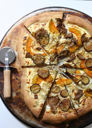 Roasted Veggie and Ricotta Pizza | Recipes | Purewow