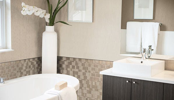 8 Cheap, Easy Ways To Upgrade An Ugly Bathroom
