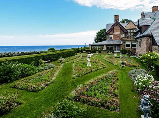 The nicest mansion for sale every state purewow for Rhode island home builders