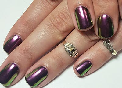 holiday beauty nails 400
