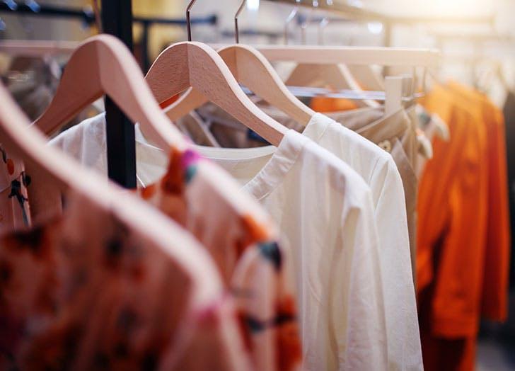 clothing_rack.jpg (728×524)