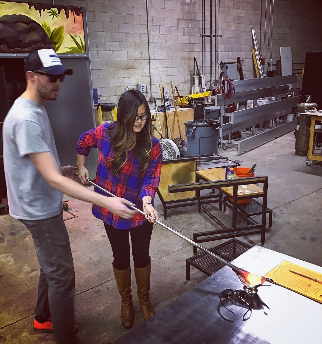 glass blowing chicago date night ideas