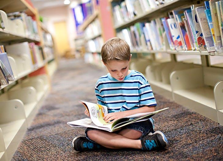 kids boy reading