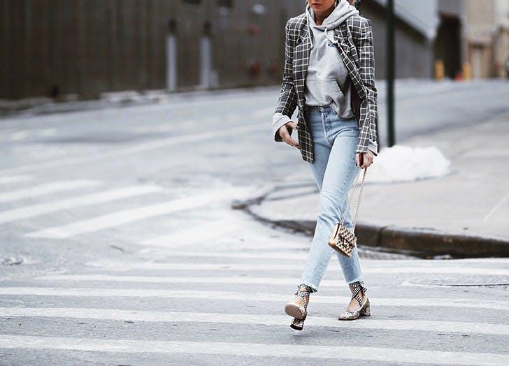 plaid blazer hoodie spring outfits NY