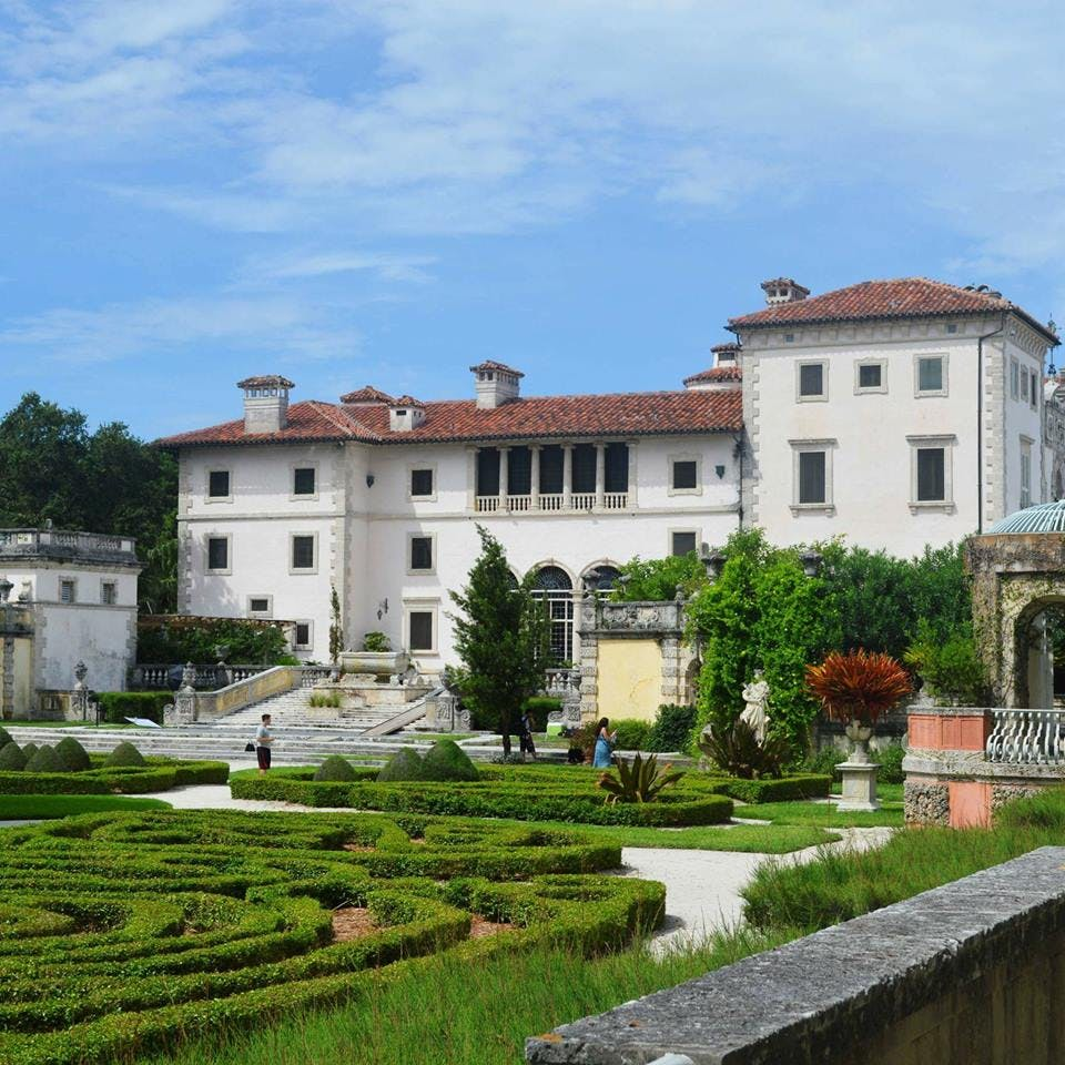 vizcaya museum and gardens miami tourist attractions